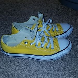 Converse All Star Chuck Taylor shoes size 9